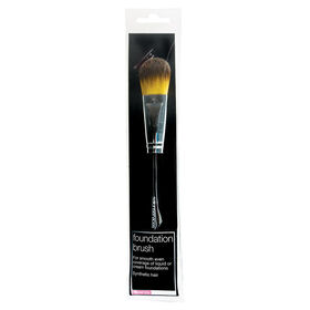 Salon Services Foundation Brush