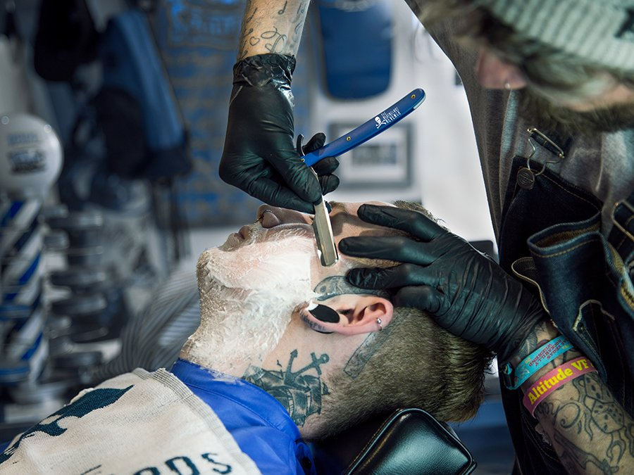 How to master a cut throat razor shave with The Bluebeards Revenge