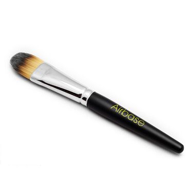Airbase HD Foundation Brush