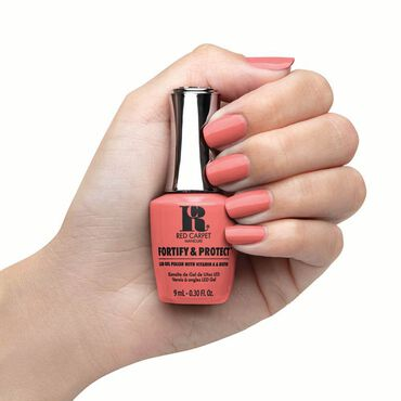 Red Carpet Manicure Fortify & Protect Gel Polish Flashing Lights & Neon Signs 9ml