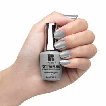 Red Carpet Manicure Fortify & Protect Gel Polish Silver Screen Starlet 9ml