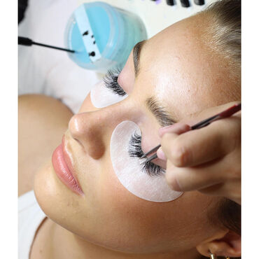 Online Russian Eyelash Extensions Course (including kit)