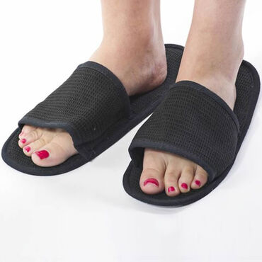 Beauty Express Waffle Slippers Black