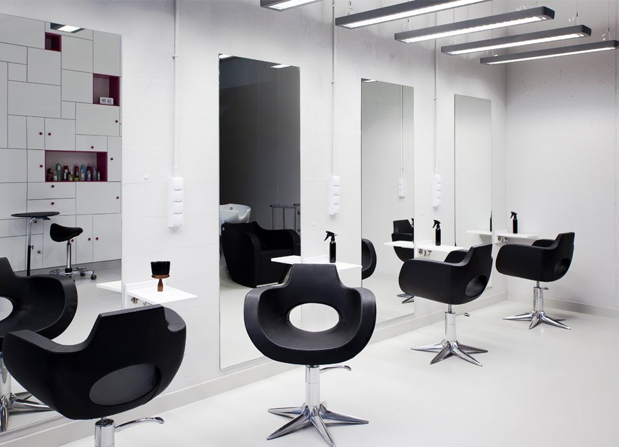 Cleaning and hygiene for reopening your hair and beauty business