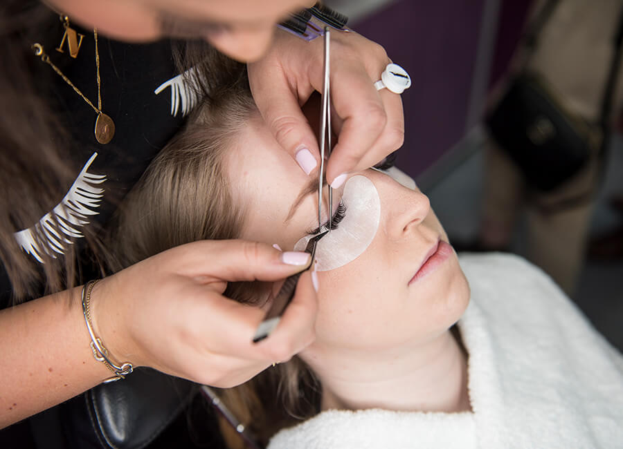 All you need to know about lash lifting