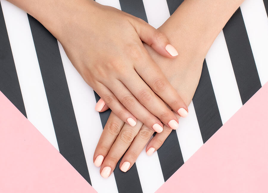 8 of the hottest summer nail trends this year