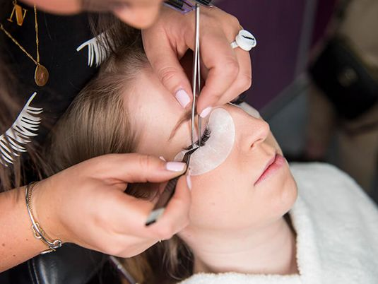 What are Eyelash lifts? Answer all your queries in this informative blog. Giving you the insight you need to help make an informed decision about whether you should add this treatment to your services.