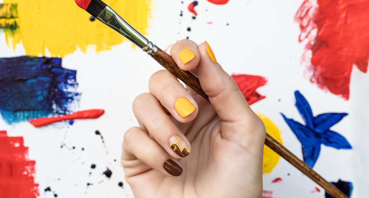 OPI Malibu Nail Art